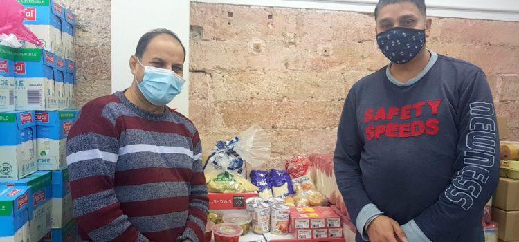 Donación de alimentos de la Sra. Jaya