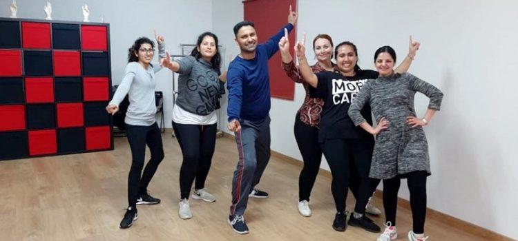 Bhangra classes with Palwinder Nijjar